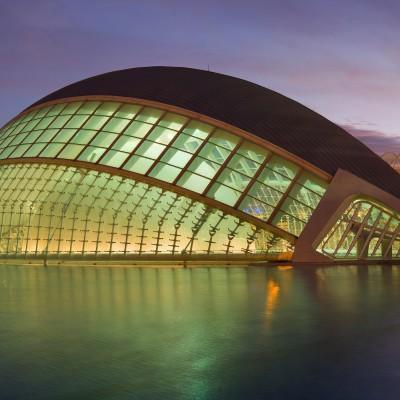 L'Hemisfèric en la Ciudad de las Artes y de las Ciencias ( Valencia ) Santiago Calatrava